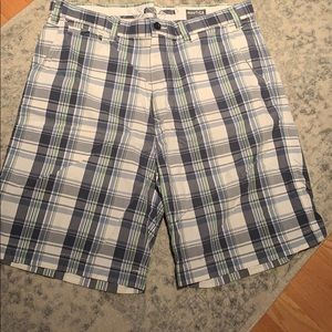 Men's Nautica size 38 plaid shorts
